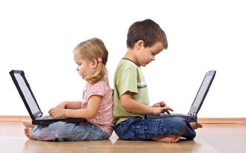 Redes sociais e diversão são a preferência das crianças