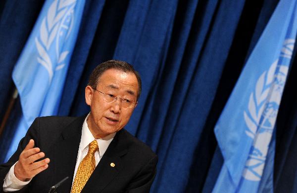 Ban Ki-moon respondeu, pela primeira vez, ao Twitter e Facebook