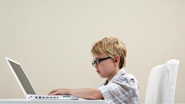 Britânicos temem que filhos se viciem em redes sociais