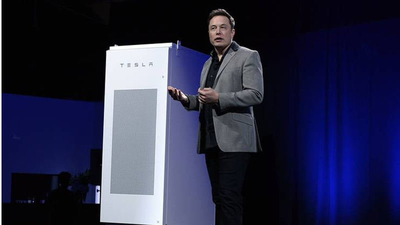Tesla quer sua casa usando apenas uma bateria